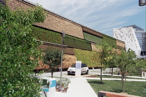 Israel Pavilion at EXPO 2015: A Vertical Field